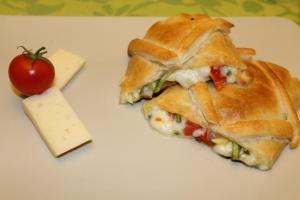 strudel di pomodorini e zucchine