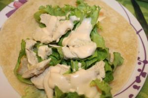 piadina con petto di pollo e lattuga 3