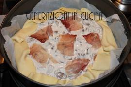 torta salata panna funghi e speck 3